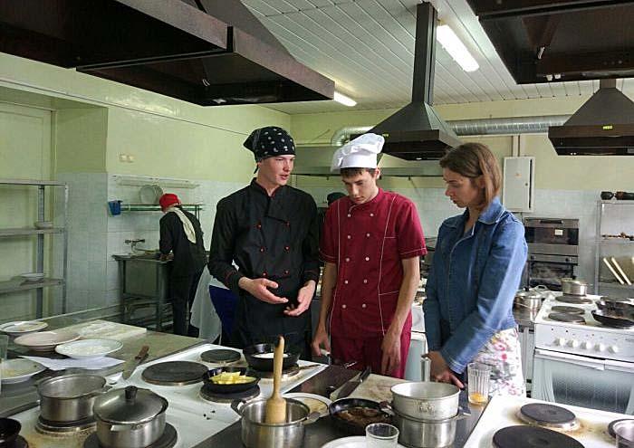 Занятие на курсах поваров 3 разряда